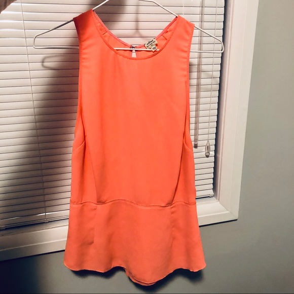 Wilfred Tops - Aritzia Wilfred Coral Open Back Crepe Tank